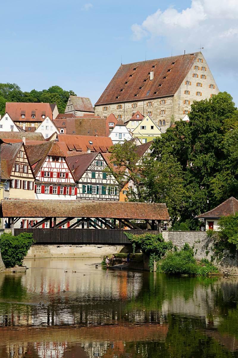 Blick auf die Altstadt von Schwaebisch Hall