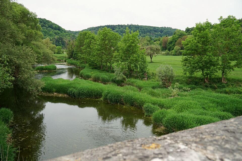 Steinbruecke ueber die Jagst in Oberregenbach