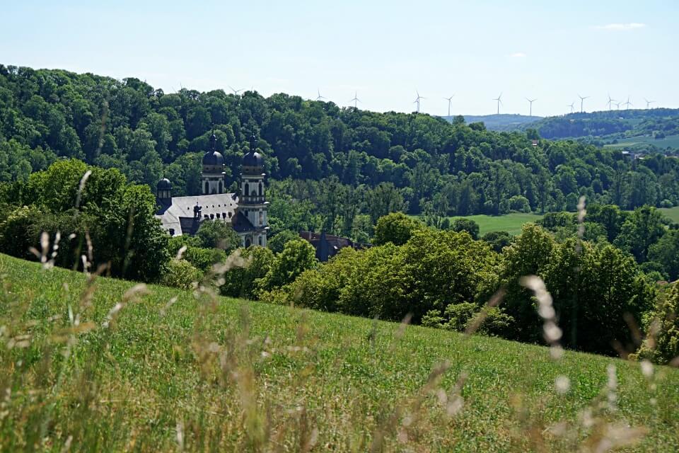 Blick auf Kloster Schoental