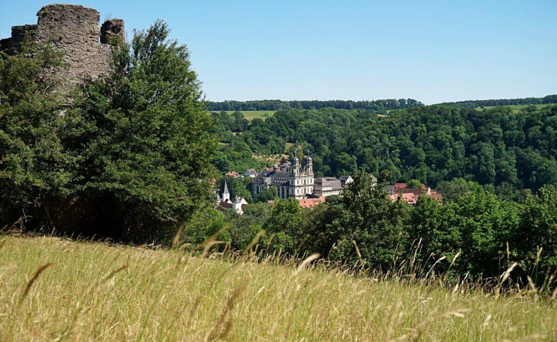 Wandern mit Aussicht von Kloster Schoental zum Storchenturm