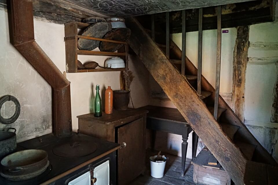 Kueche im Seldnerhaus im Freilandmuseum Wackershofen