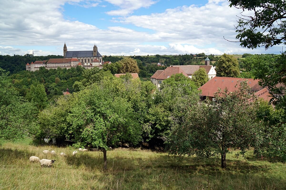 Blick auf Kloster Grosscomburg von der Kleincomburg in Schwaebisch Hall