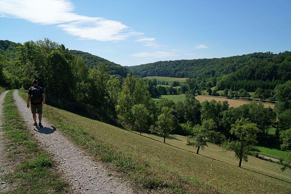 Wandern auf dem Panoramaweg Taubertal
