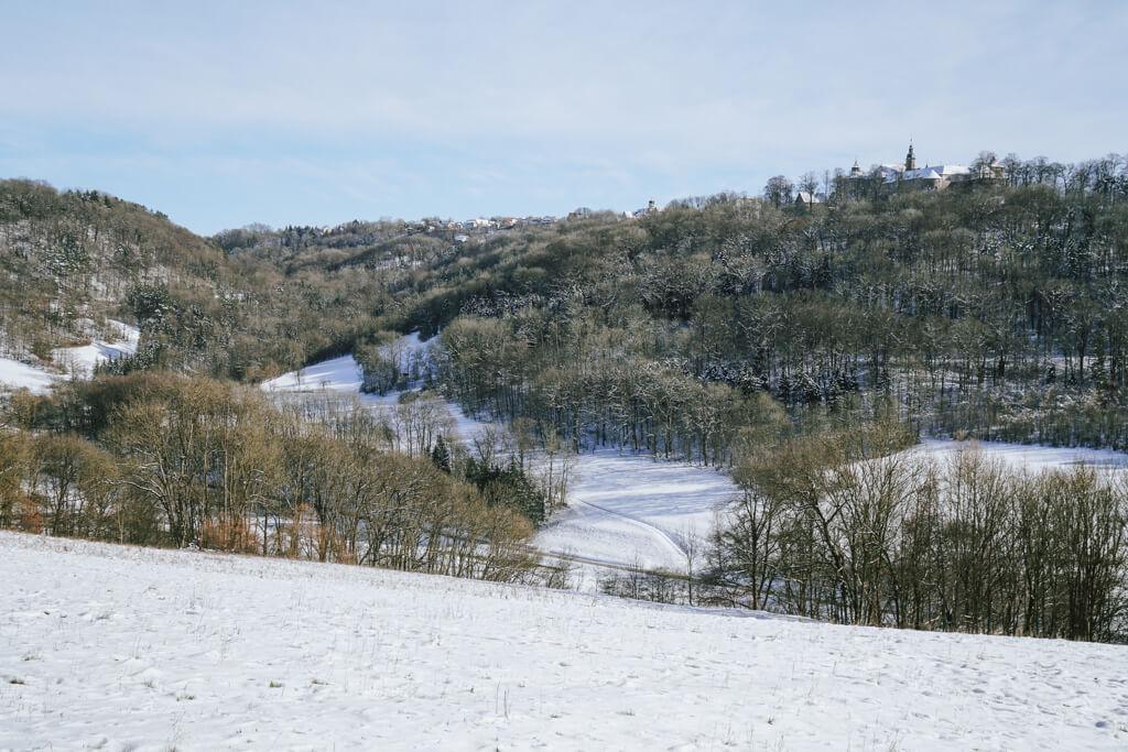 Blick auf Schloss Langenburg in Hohenlohe im Winter
