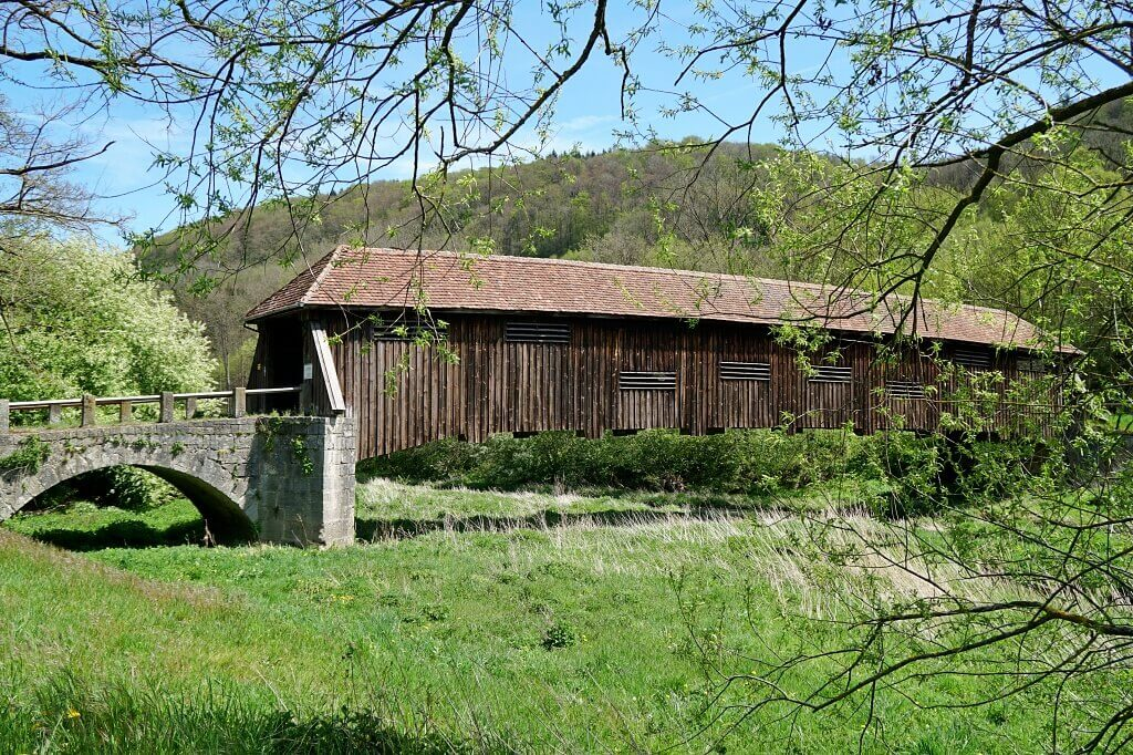 Die Archenbruecke ueber die Jagst in Unterregenbach