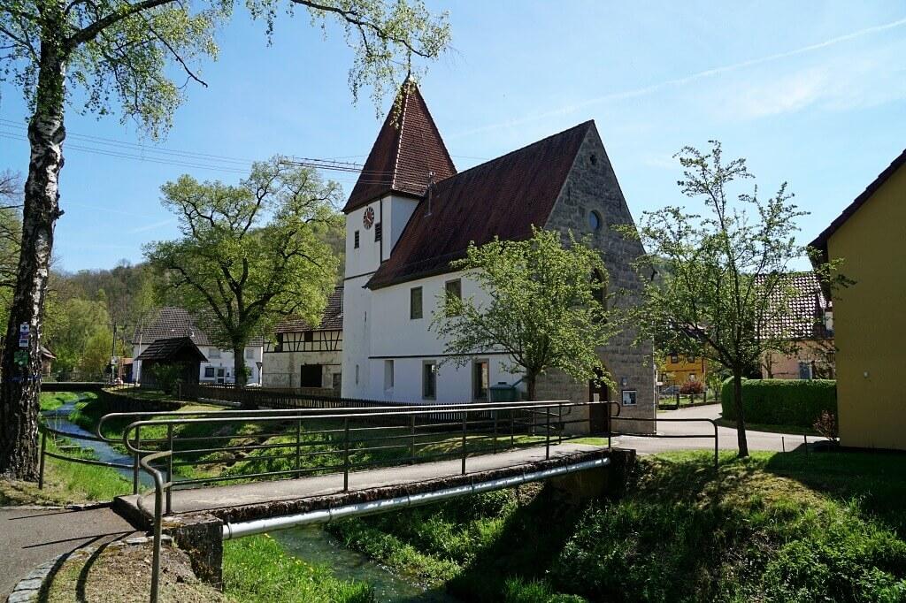 Kirche in Eberbach auf dem Pfad der Stille Mulfingen